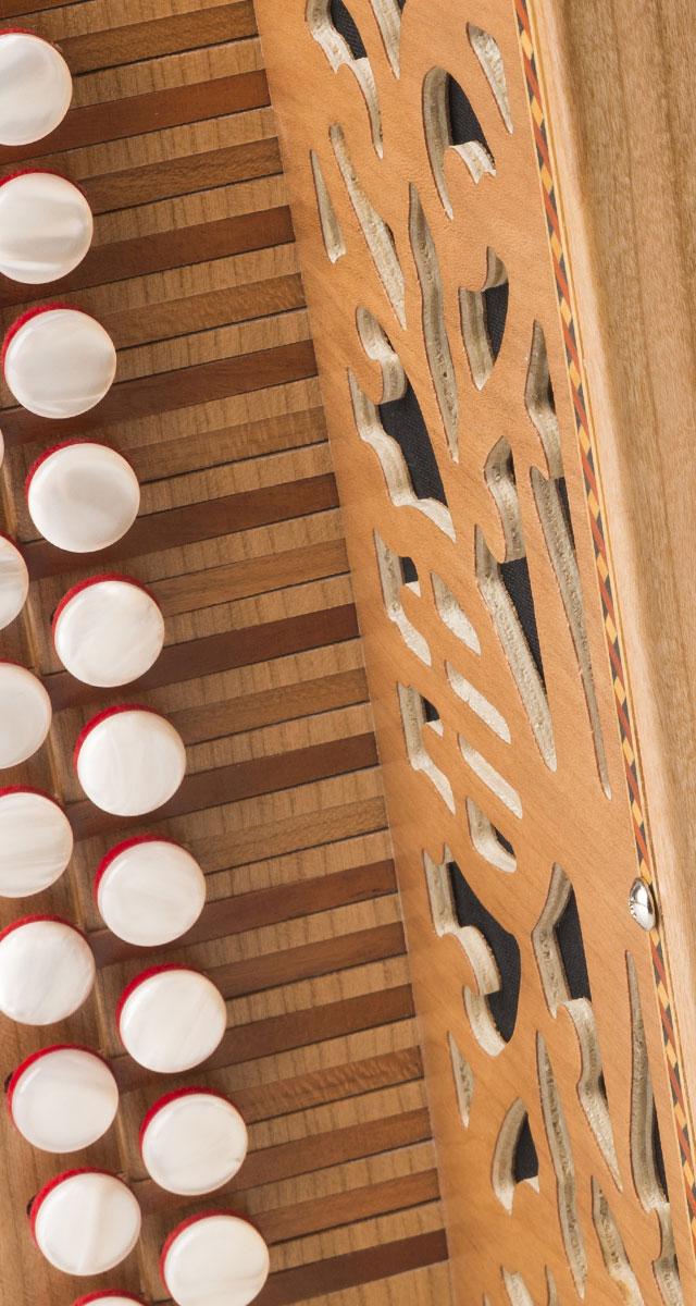 accordéon diatonique à claviers à gradins